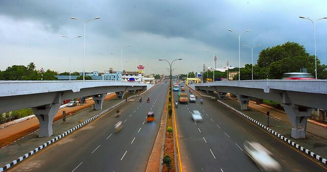 מערכות כבישים גורמות לזיהום רעש, לצד פגיעות אחרות. צילום: Simply CVR, Flickr