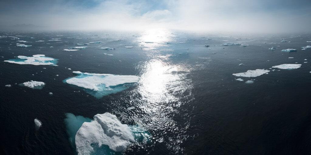 קרחונים באזור הקוטב הצפוני. תצלום: william bossen