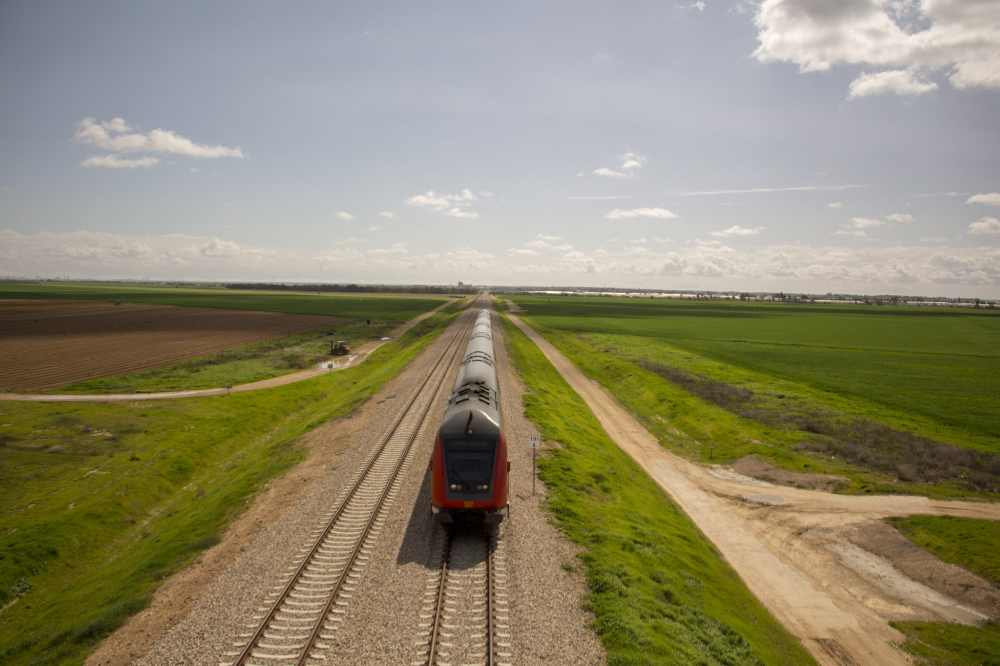 הרכבת מזהמת