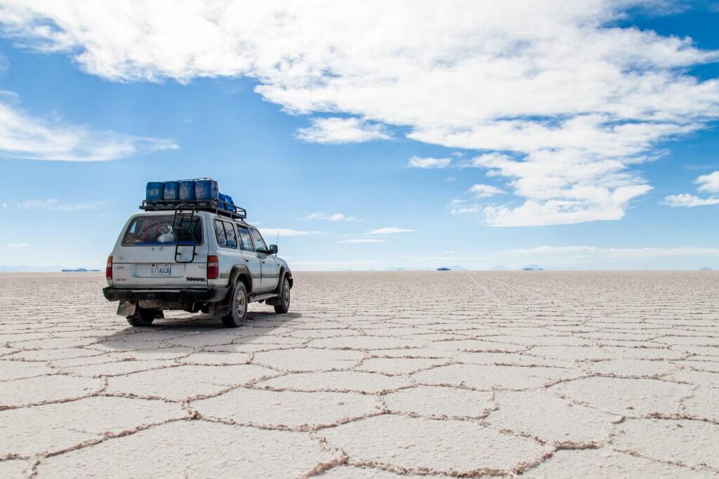 מדבר המלח אויוני בבוליביה הוא חד המקומות הכי מצולמים בעולם. צילום: Jiahui Huang, Flickr