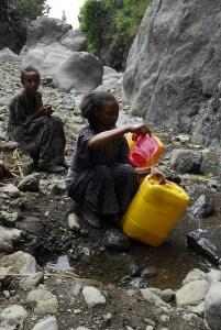 המטרה העיקרית של קיימן היא להביא מים נקיים למדינות המתפתחות. צילום: UNICEF Ethiopia, Flickr