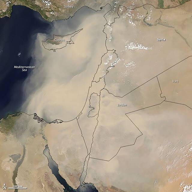סופת החול מעל המזרח התיכון בספטמבר 2015. מהקשות ביותר שנמדדו בארץ. צילום: NASA's Earth Observatory, Flickr
