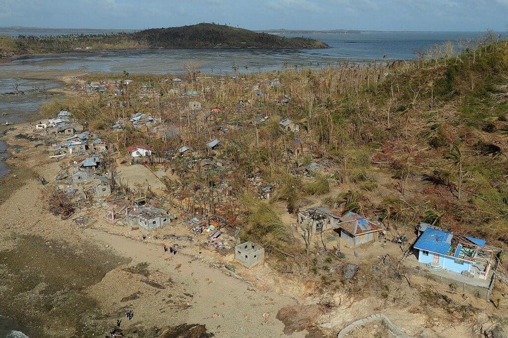 נזקי סופת הטייפון האיאן בפיליפינים, 2013. תצלום: LPHOT Keith Morgan/ MOD