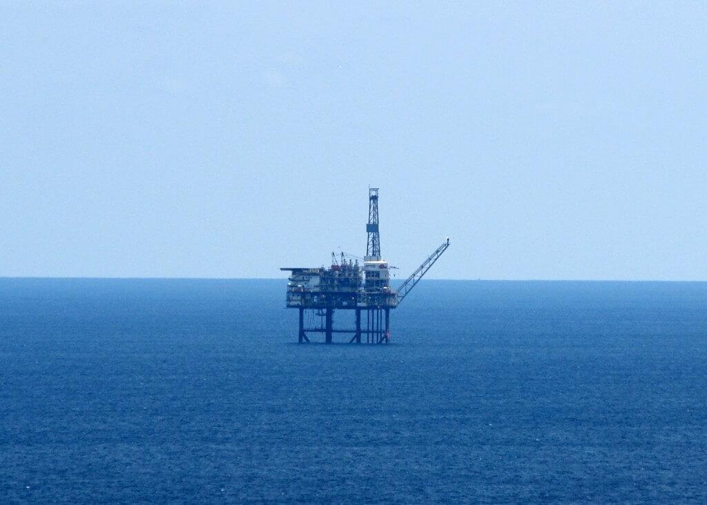 אסדה לקידוח גז טבעי. תצלום: aherrero