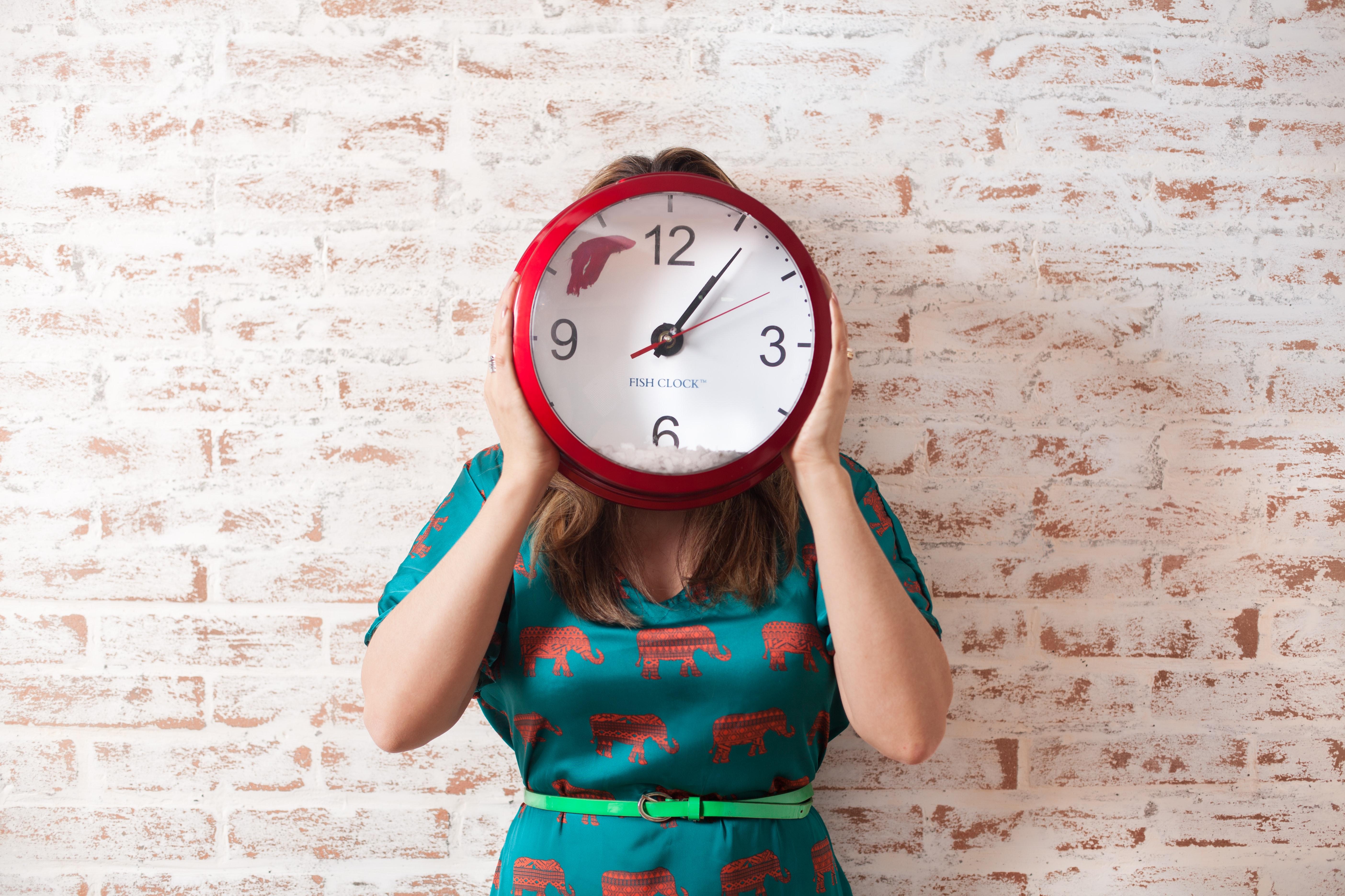 להפסיק להזיז את השעון