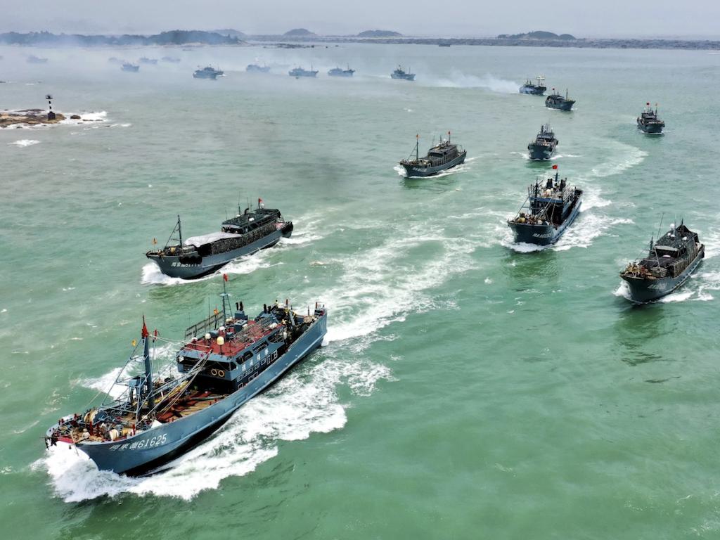 הפלישה הסינית לאיי הגלפאגוס