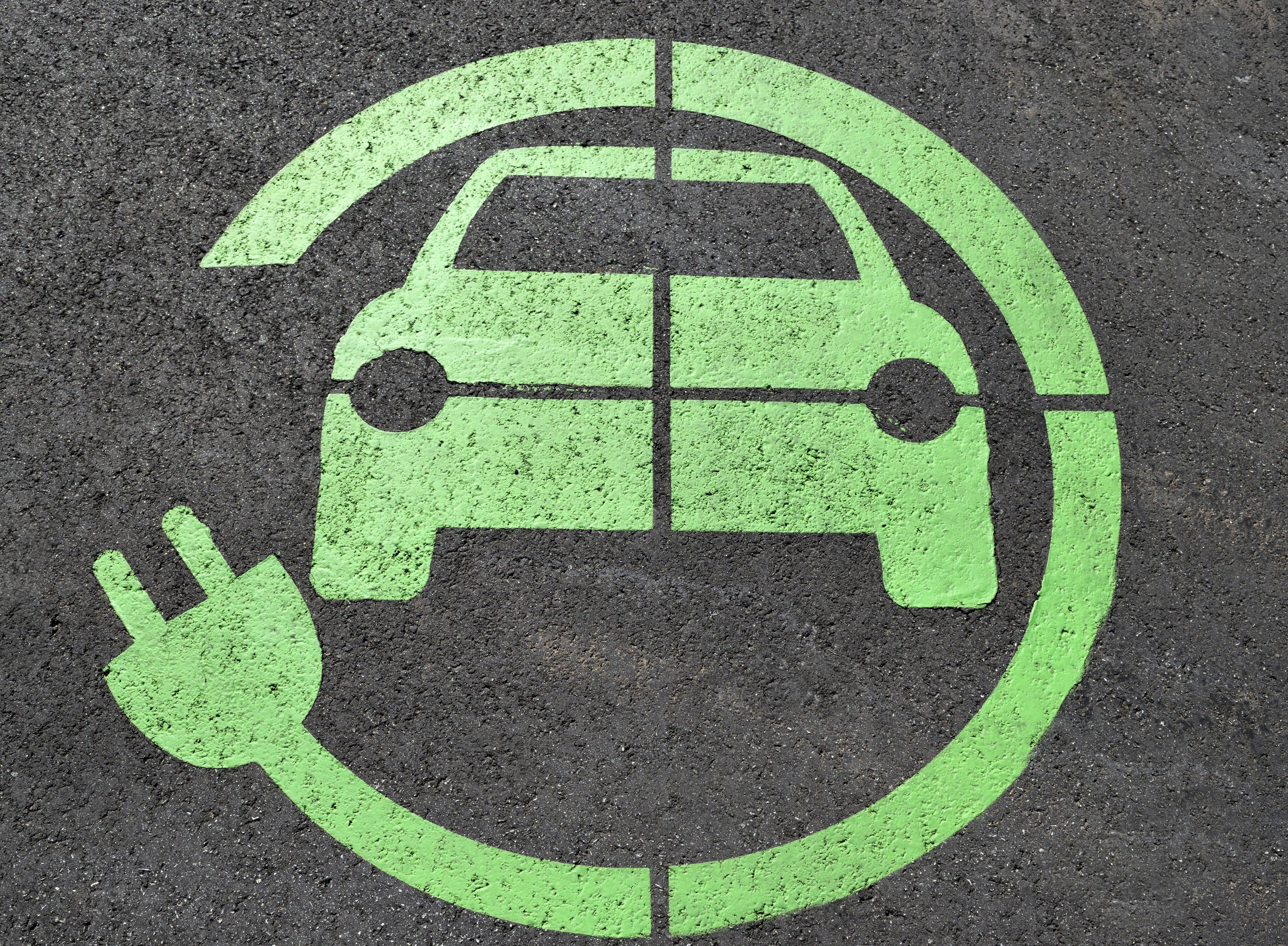 סוללה ירוקה לרכב ירוק