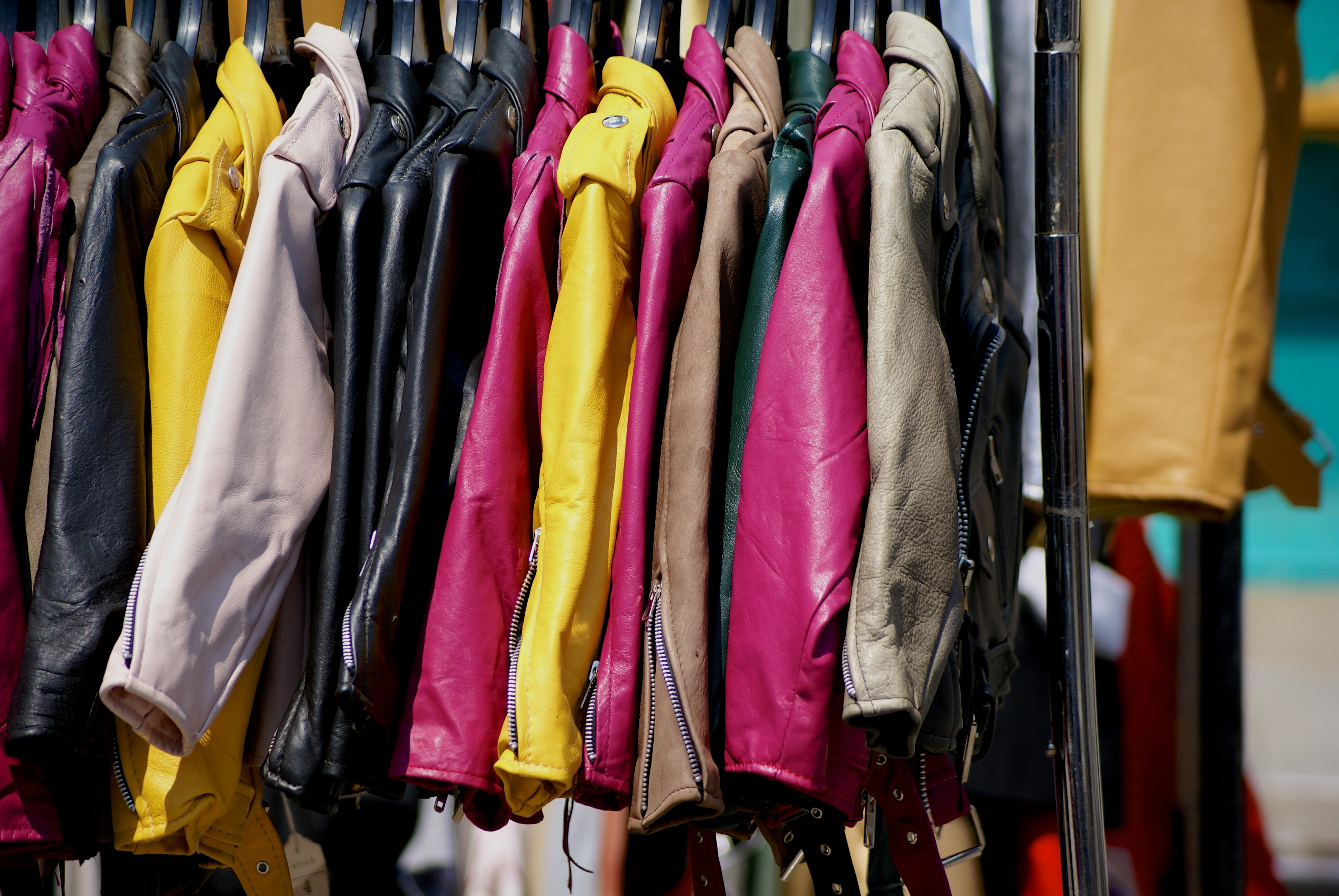 צובעים בירוק את תעשיית האופנה